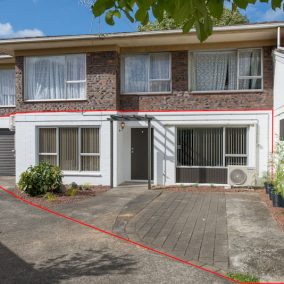 Stunning entry level home in the heart of Papatoetoe – SOLD